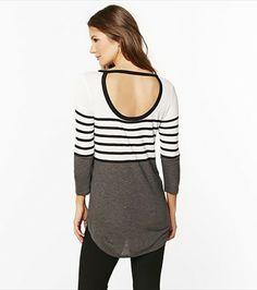 This striped tunic reveals a peek a boo sexy back. Fashion Beauty, Womens Fashion, My Wardrobe, Spring Fashion, Fitness Models, Dress Up, Tunic, Stylish, My Style