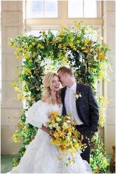 Vintage Fairytale Wedding, Whimsical Wedding, Yellow Wedding Flowers, Wedding Colors, Yellow Weddings, Colorful Weddings, Wedding Day, Gold Wedding, Elegant Wedding