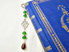 Elegant peridot green crystal bookmark unique by 10dollarjewellery…