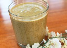 Luscious Sweet Potato & Almond Smoothie | I like that this recipe uses the pulp from juicing greens.