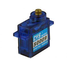 Das S0009D ist ein Digital-Servo mit Kunststoffgehäuse und Metallgetriebe. Beim Betrieb mit 4,8 V läuft das Servo 0,12 s/60 ° schnell und entwickelt ein Drehmoment von 1,2 kg/cm. Mit einer Betriebsspannung von 6,0 V erhöht sich die Geschwindigkeit auf 0,10 s/60 ° bei einem Drehmoment von 1,5 kg/cm. Die Abmessungen betragen 22,3 x 11,8 x 26,3 mm und das Gewicht liegt bei 10 g.