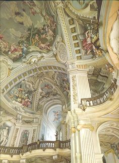 In Prisbeos, paintings on walls and ceilings are not uncommon. They are highly appreciated, and are most prevalent in government-owned establishments and homes of nobles.