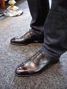 Works : Bolero Bespoke shoe & Bootmaker