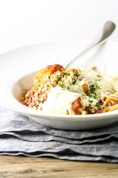 Try a grain free twist on chicken parm in this easy Slow Cooker Turkey Parmesan recipe!