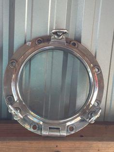 Medium Jahrgang 17 Aluminium runden Bullauge  von Redhouseblueocean