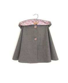 Child wool cape - size 5-6 years. $60.00, via Etsy.