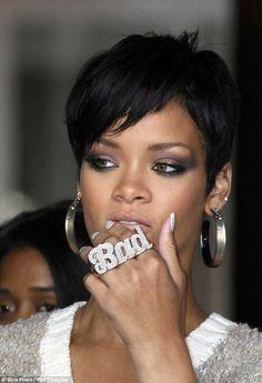 Rihanna | Hair cut & makeup