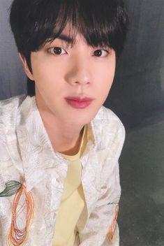 Kim Seokjin ☆ Photocard ☆ 2020 BTS `MAP OF THE SOUL 7 : THE JOURNEY` ☆ Credits by atoz v #bts #jin #seokjin #KimSeokjin #Photocard #Map_of_The_Soul_7 #MOTS7THEJOURNEY #2020 Seokjin, Namjoon, Bts Jin, Jimin, Fanfiction, Black Pink Kpop, Wattpad, Pin Pics, Hold My Hand