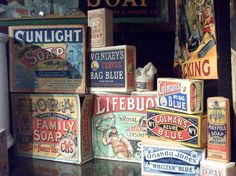 Vintage Packaging Inspiration - The Sweetest Occasion An inspiring little collection of antique soap packaging - love those colors! Vintage Packaging, Soap Packaging, Pretty Packaging, Packaging Design, Soap Labels, Diy Vintage, Vintage Tins, Vintage Labels, Vintage Designs