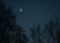 Venus and Jupiter Pose For Pretty Pics 'Round the World
