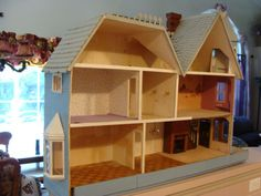 ONE-OF-A-KIND-Hanging-Dollhouse-McKinley-Fully-Electric-Expanded-Adult