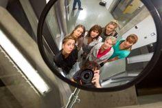 Unité 9: sept femmes en prison Radios, Prison, Tv Series, Tv Shows, Canada, Livres, Women's