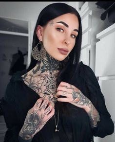 Tattoed Women, Tattooed Girls, Girl Tattoos, Tattoos For Women, Metal Girl, Jawline, 20 Off, Body Mods, Girl Fashion
