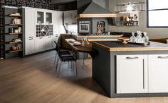 Il colore nero nell'arredamento - I colori - Nell'Essenziale Shabby, Kitchen, Table, Furniture, Home Decor, Houses, Trendy Tree, Cooking, Decoration Home