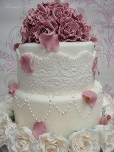 Wedding cake, vintage pinkand cream lace and pearls, Barney's Bakery