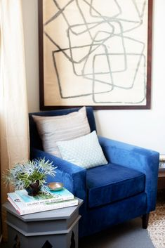 Home Tour: An Event Designer's Perfectly Ladylike Apartment via @mydomaine