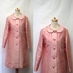 Vintage des années 60 soie manteau / pétale rose col Peter Pan du manteau