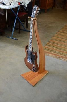 West-Aussie Sheoak Guitar Stand