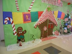 Candy Land Hall Decorations Candy Land Christmas, Christmas Carnival, Christmas 2014, Christmas Ideas, Christmas Decorations, Holiday Decor, Santa Breakfast, Candy Land Theme, Hall Decorations