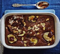 Squidgy chocolate pear pudding