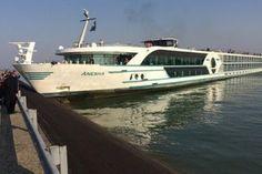 Идеальное путешествие: Судно со 150 пассажирами и пьяным капитаном…