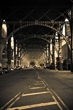 Would be cool to walk over Brooklyn Bridge and do a quick shot of walking over it with cars buzzing back/forth manhattan.