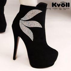 X55971 Kvoll Fashion Temperament Rhinestone Side Zipper High-heeled Mid Boots Black