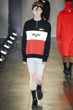 See the complete Malibu 1992 Spring 2018 Menswear collection.
