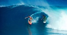 """5. """"The Bird""""   The 5 Most Iconic Surfing Images Ever - Surf Europe"""