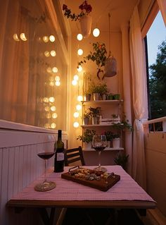 AD-Cozy-Balcony-Decorating-Ideas-40
