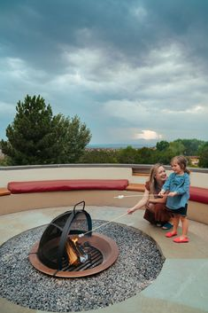 What To Do In Santa Fe - Our Travel Diary — Roasting Marshmallows for S'mores at The Four Seasons - The Effortless Chic