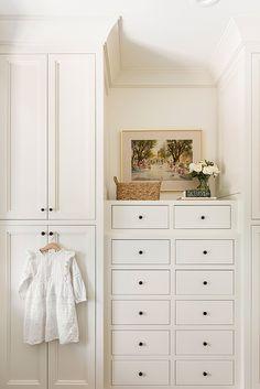 Closet Bedroom, Bedroom Storage, Bedroom Built In Wardrobe, Up House, Built Ins, Decoration, Beautiful Homes, Furniture Design, Sweet Home
