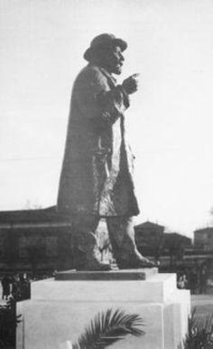 Nel 1909 Giuseppe Massarenti viene eletto Sindaco di Molinella. L´investitura popolare sancisce ufficialmente un primato cittadino che di fatto gli veniva riconosciuto da anni.<br/>
