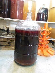 MMMMMM  Cherry Wine is coming along