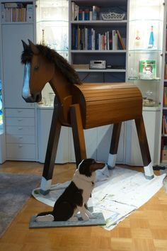 large brown with wooden border collie - Maja Maria - # Farm Crafts, Horse Crafts, Wooden Crafts, Arts And Crafts Box, Living Room Decor Country, Wooden Horse, Hobby Horse, Border Collie, Yard Art