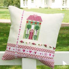 """Kissen aus dem Buch """"Sommerland"""" #acufactum #sommerland #diy #kissen #pillow…"""