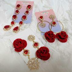 𝕴𝖈𝖊𝖑𝖆𝖓𝖉 𝕱𝖔𝖝 Kawaii Jewelry, Cute Jewelry, Jewelry Accessories, Fashion Accessories, Jewelry Necklaces, Jewelry Design, Cute Earrings, Unique Earrings, Ring Earrings