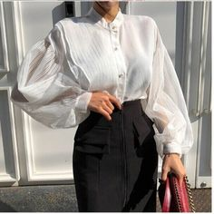 Cool Street Fashion, Work Fashion, Fashion Design, Blouse Outfit, Collar Blouse, Perfect Fall Outfit, Sheer Shirt, Bishop Sleeve, Muslim Fashion