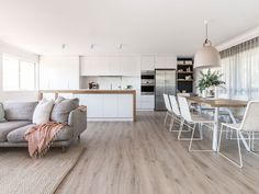 Search this important illustration and also visit the presented information on home renovation concept Open Plan Kitchen Living Room, Home Living Room, Living Room Designs, Living Room Flooring, Open Plan Living, Kitchen Dining, Kitchen Cabinets, Küchen Design, House Design