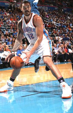 Thunder Players, Thunder Team, Oklahoma City Thunder, Okc Basketball, Famous Guys, Kiwiana, People Of Interest, Nba Players, Best Player