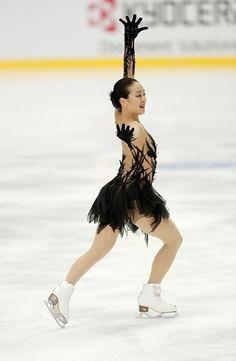 Mao Asada  / figure skater.  SP 2016-2017