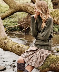 Really Wild > Country English Country Fashion, British Country Style, British Style Outfits, Countryside Fashion, Countryside Style, Preppy Style, My Style, Scottish Fashion, Country Outfits