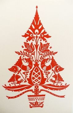 DIY Vintage Christmas - Scandinavian folk-art Christmas tree is my festive inspiration!