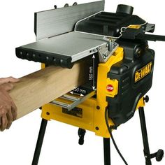 Online Hırdavat Elektrikli ve Akülü El Aletleri Makine Satış Mağazası | Ürün Karşılaştır Woodworking Power Tools, Woodworking Projects That Sell, Woodworking Techniques, Woodworking Plans, Dewalt Power Tools, Makita Tools, Garage Atelier, Carpenter Tools, Woodturning Tools