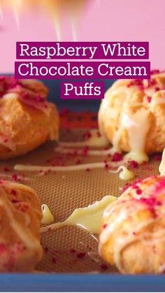 Fun Baking Recipes, Pastry Recipes, Sweet Recipes, Cooking Recipes, Fun Desserts, Delicious Desserts, Yummy Food, Tastemade Recipes, Cream Puff Recipe