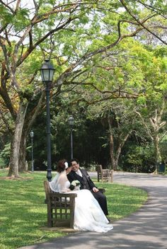 Wedding at the Singapore Botanical Gardens. A wedding at the gardens?? Yes, please!