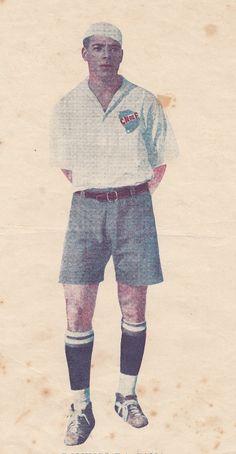 """El fantástico brasileño Domingos da Guía, integrante de la """"máquina"""" de 1933. Conformó un inolvidable triángulo final campeón uruguayo ese año junto al """"Flaco"""" García y a """"Pepe"""" Nasazzi."""