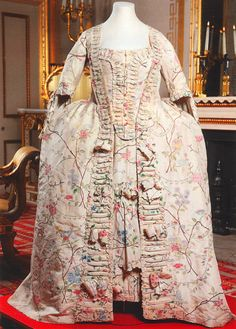dress, petticoat and stomacher, 1760-65 hand painted Chinese silk