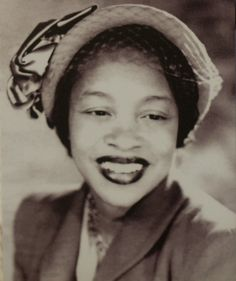 Margaret Walker: A Writer and Poet of the Black Chicago Renaissance. Brilliant and Beautiful Black Women. Harlem Renaissance.