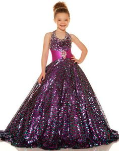 Pageant Dresses for little girls featuring award winning looks. These super cute dresses will thrill your daughter and help her to exude poise and confidence. Glitz Pageant Dresses, Pagent Dresses, Little Girl Pageant Dresses, Girls Formal Dresses, Gowns For Girls, Bridesmaid Dresses, Ball Gowns Prom, Ball Dresses, Birthday Dresses